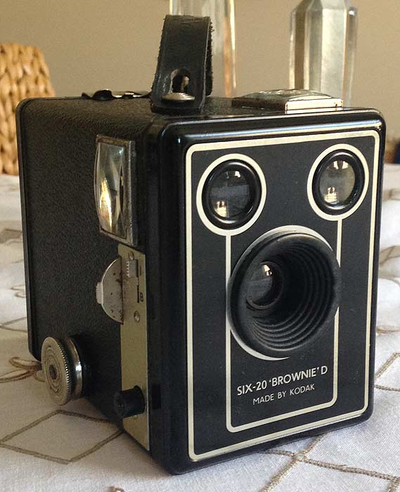 Six-20 Brownie Model D